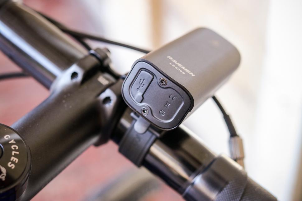 Raveman LR500S USB Rechargeable Curved Lens Front Light - back.jpg