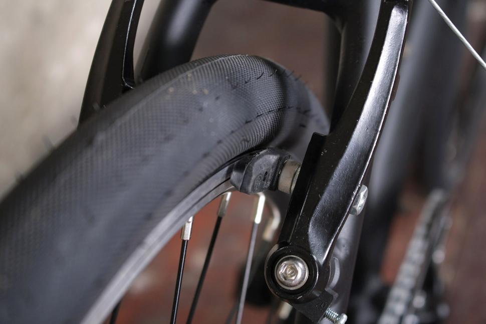 Reid Blacktop - rear brake.jpg