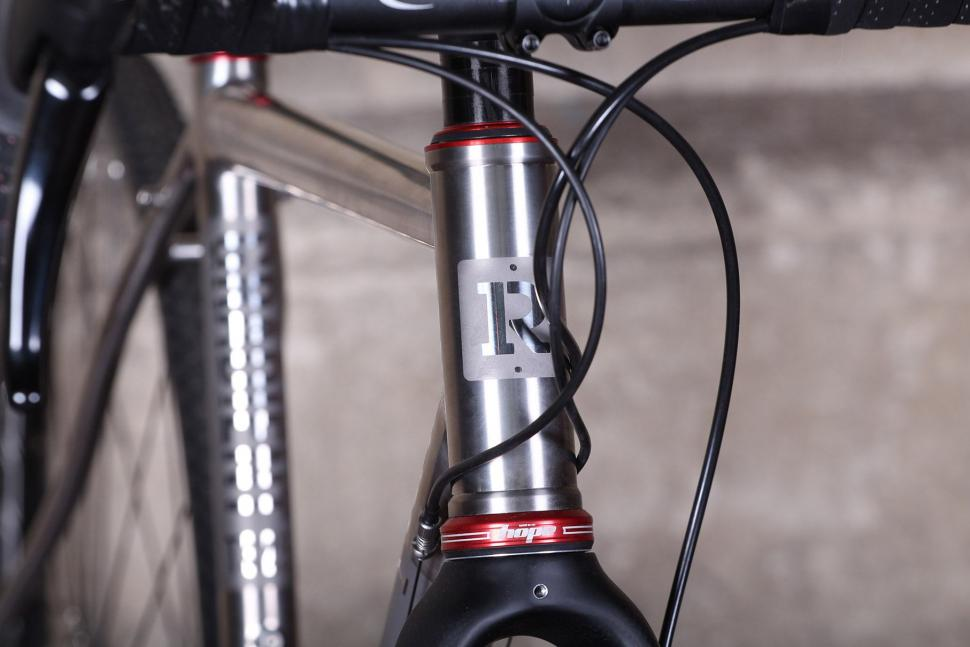 Reilly Gradient - head tube badge.jpg