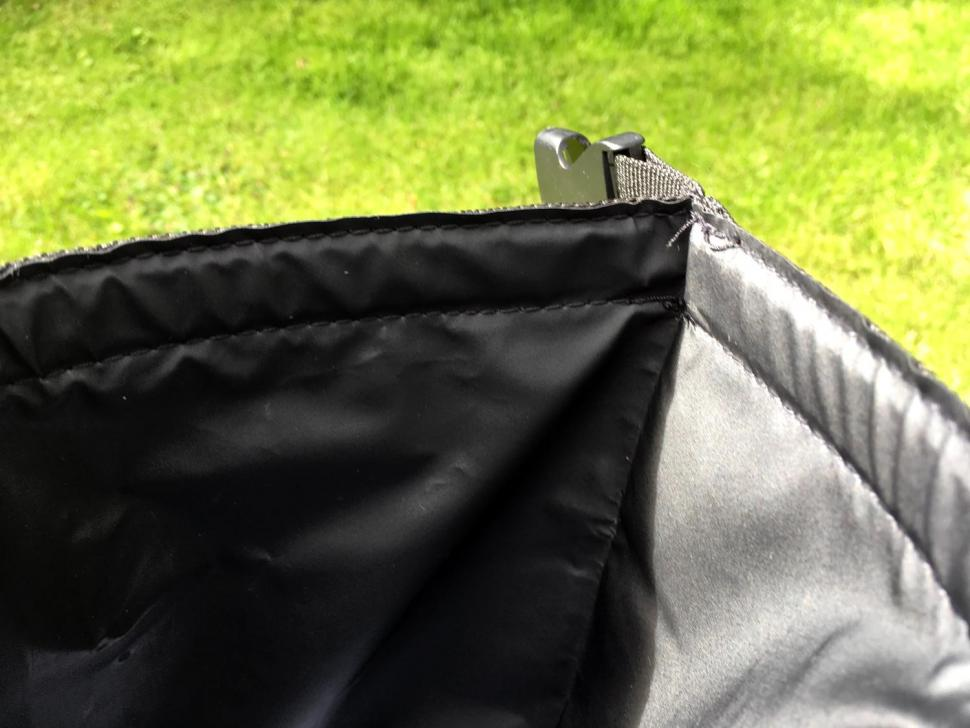 Restrap Dry Bag Double Roll 14 Litre - inside.jpg