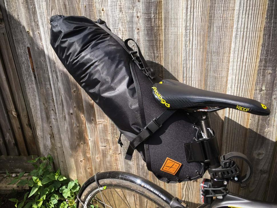 Beginner S Guide To Cycling Luggage How Carry Stuff On