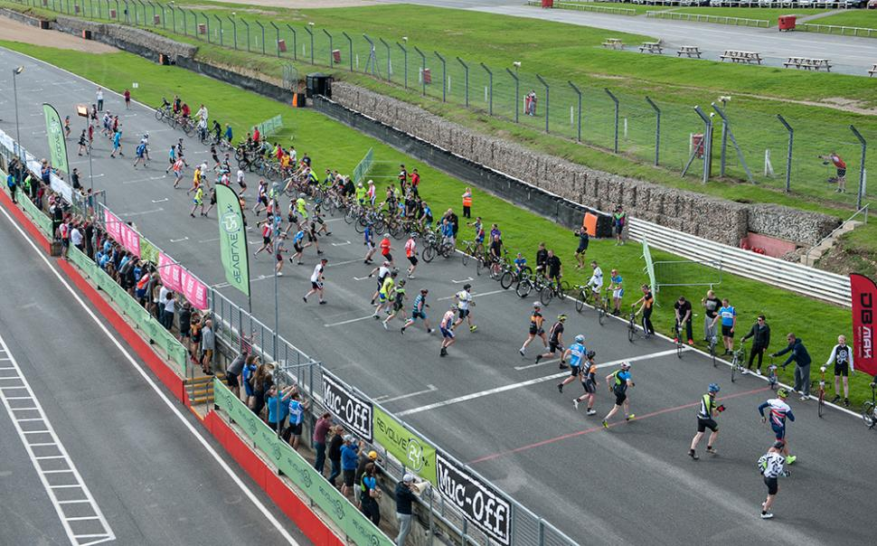Revolve24 race report - start from tower 2.jpg