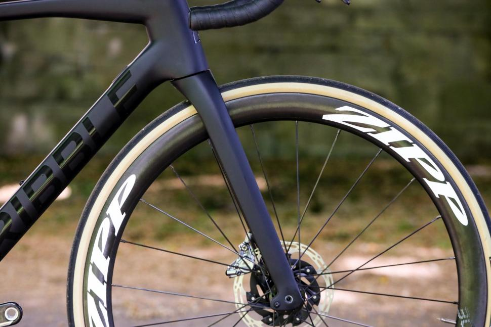 Ribble Endurance SL R Series Disc - fork.jpg