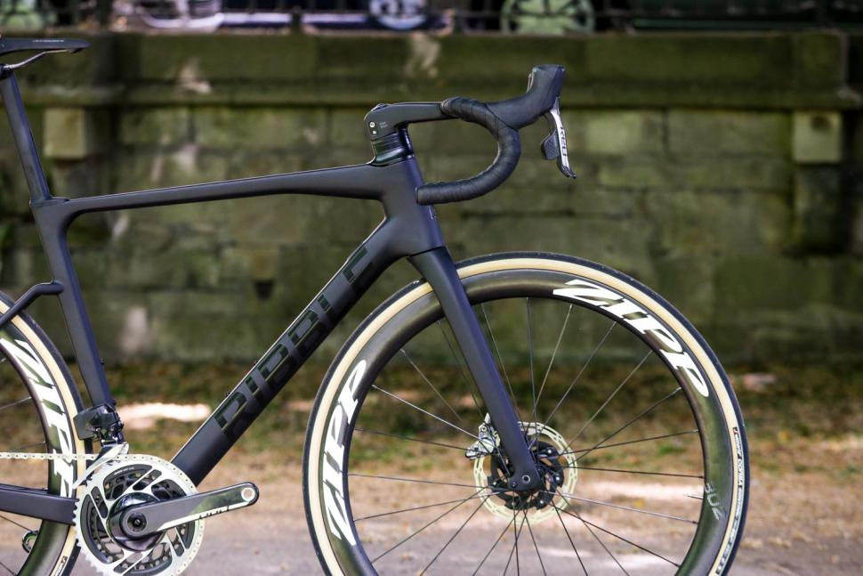 Ribble Endurance SL R Series Disc - front.jpg