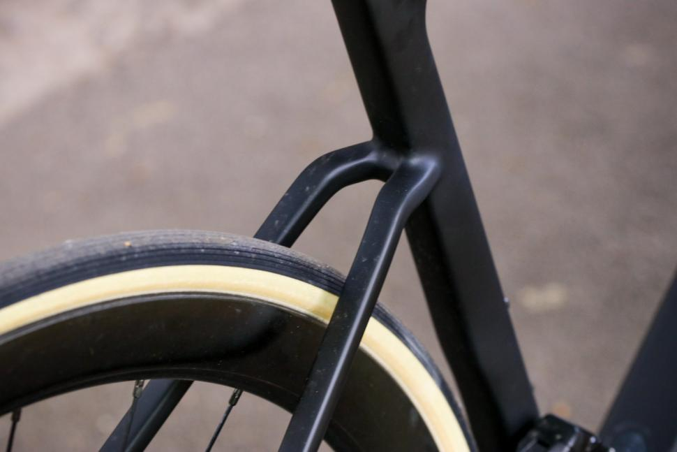 Ribble Endurance SL R Series Disc - stays.jpg