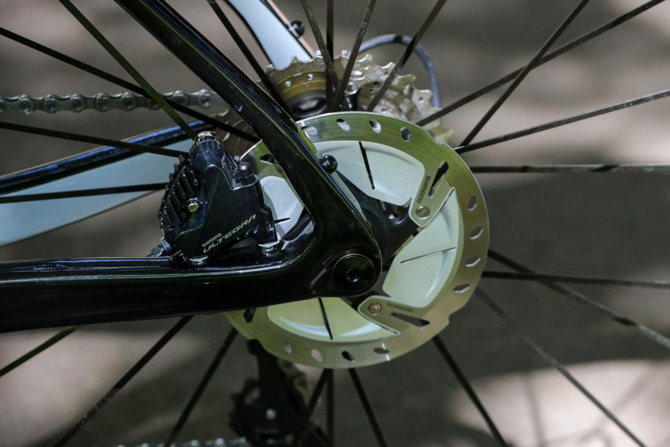 ribble-endurance-sl-rear-disc-brake.jpg