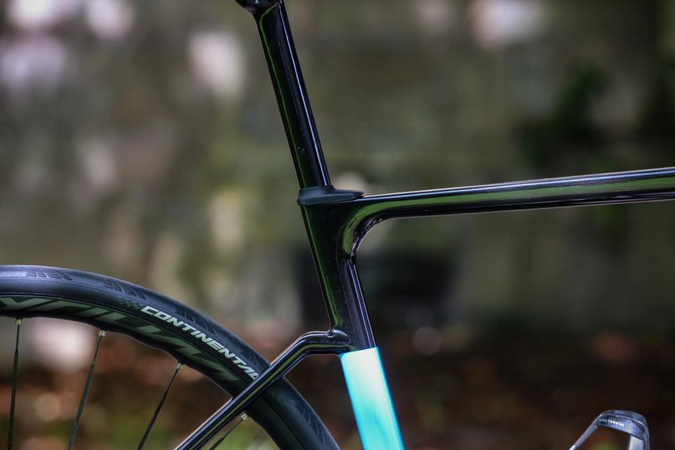 ribble-endurance-sl-seat-tube-junction.jpg