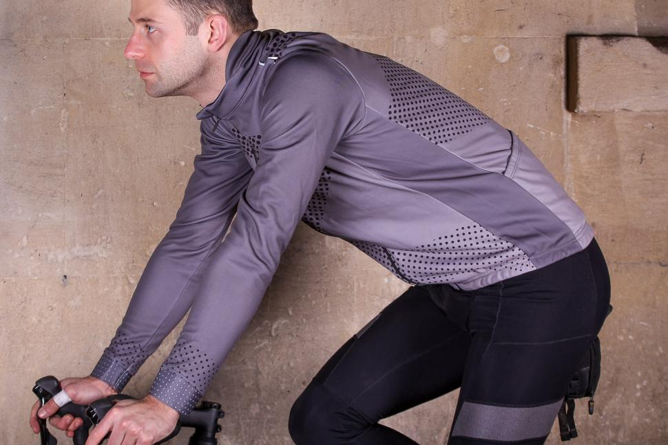 Ribble Nuovo Mens Long Sleeve Thermal Jersey - riding.jpg