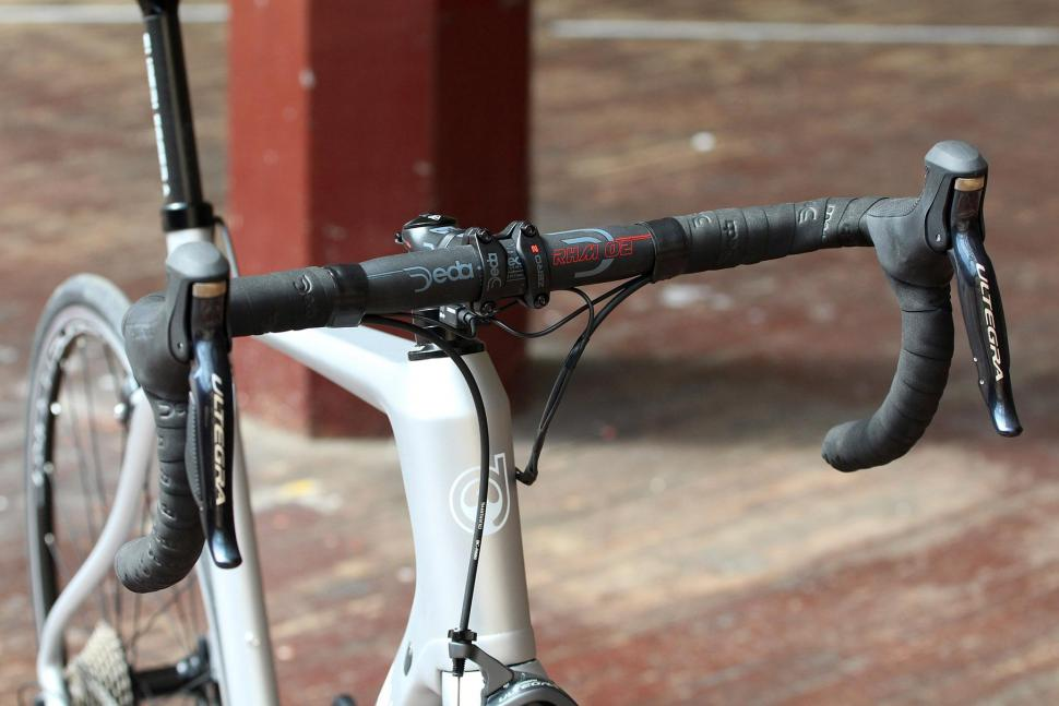 Ribble R872 - bars.jpg