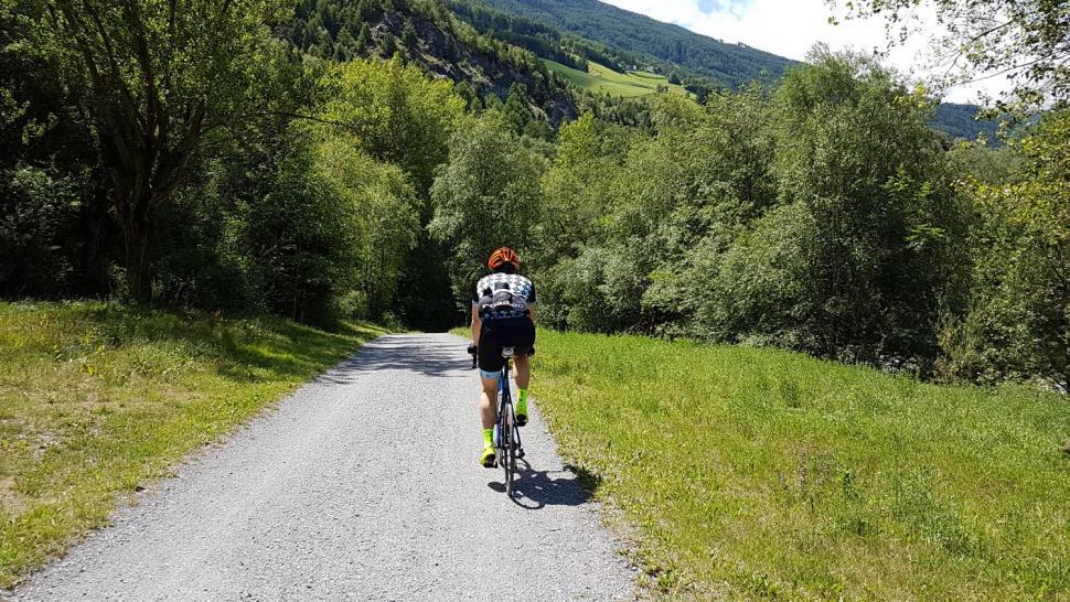Riding to the Stelvio the gravelly bit.jpg