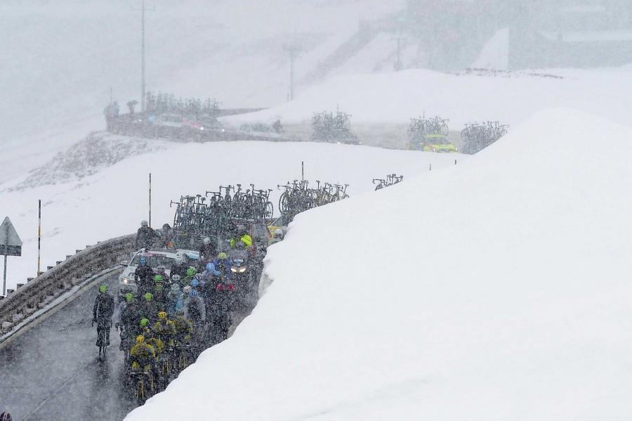Riding through the snow on Giro 2014 Stage 16 - picture credit LaPresse.jpg