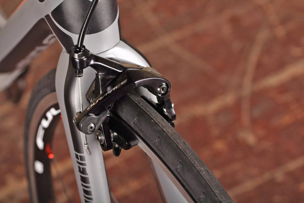 Ridley Helium SLX - front brake.jpg
