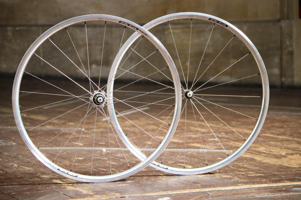 Ritchey Classic Zeta wheelset 2.jpg
