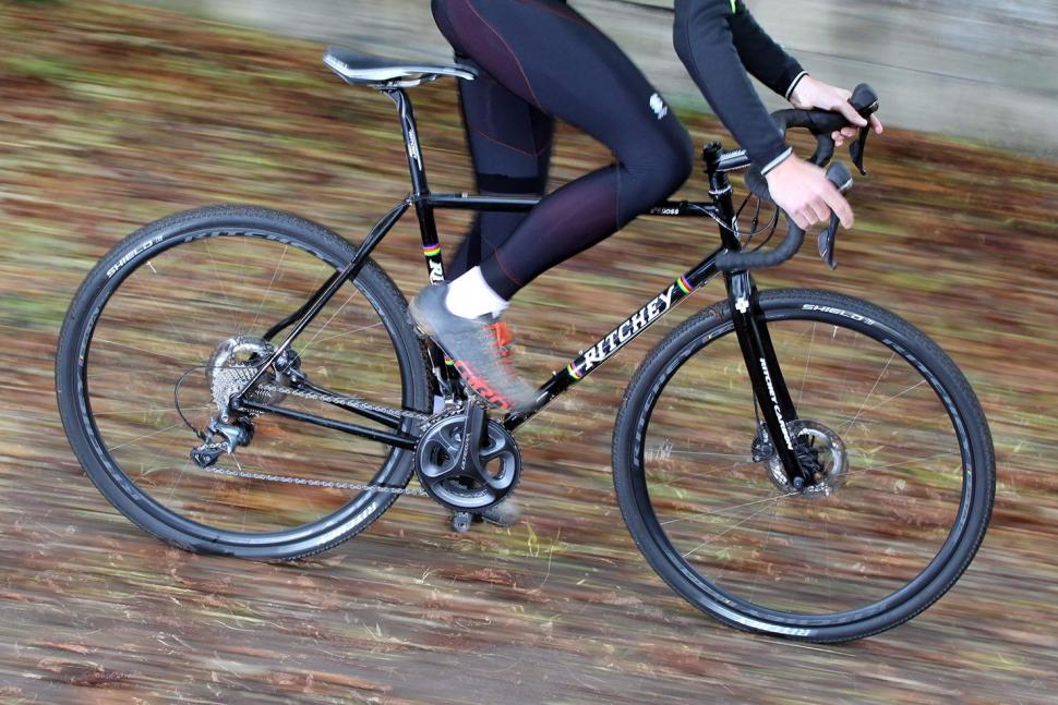 Ritchey Swiss Cross Disc - riding 2.jpg