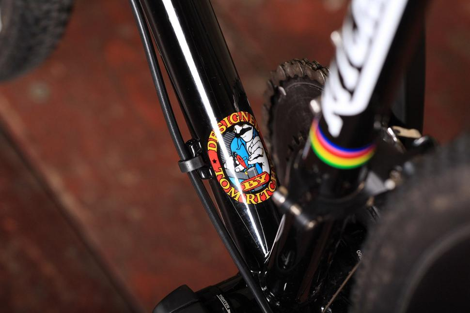 Ritchey Swiss Cross - frame decal.jpg