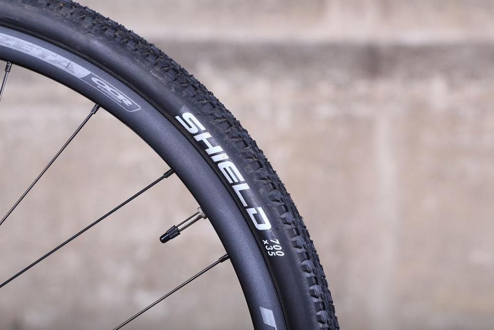 Ritchey Swiss Cross - tyre.jpg