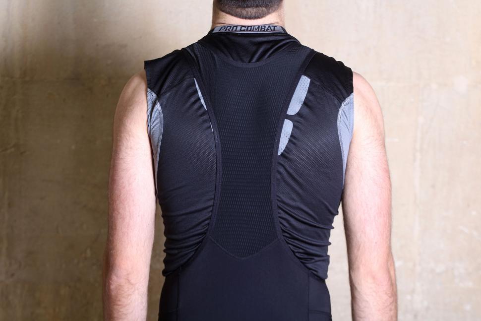 Rivelo Mens Winnats Bib Tights - straps back.jpg