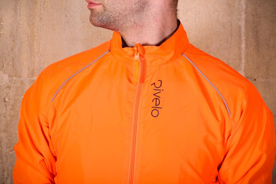 Rivelo Newington Reversible Jacket orange - chest.jpg