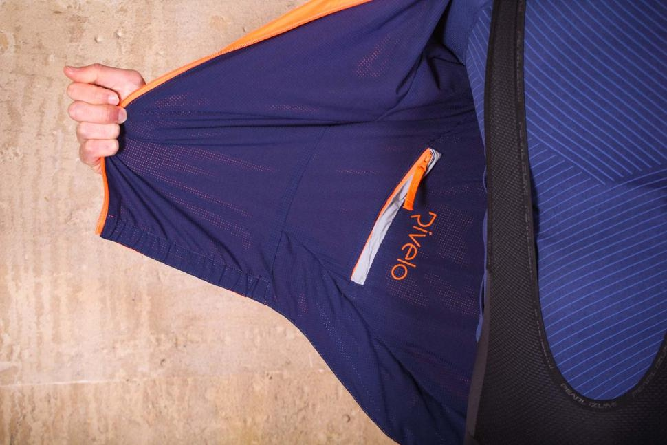 Rivelo Newington Reversible Jacket orange - inside.jpg