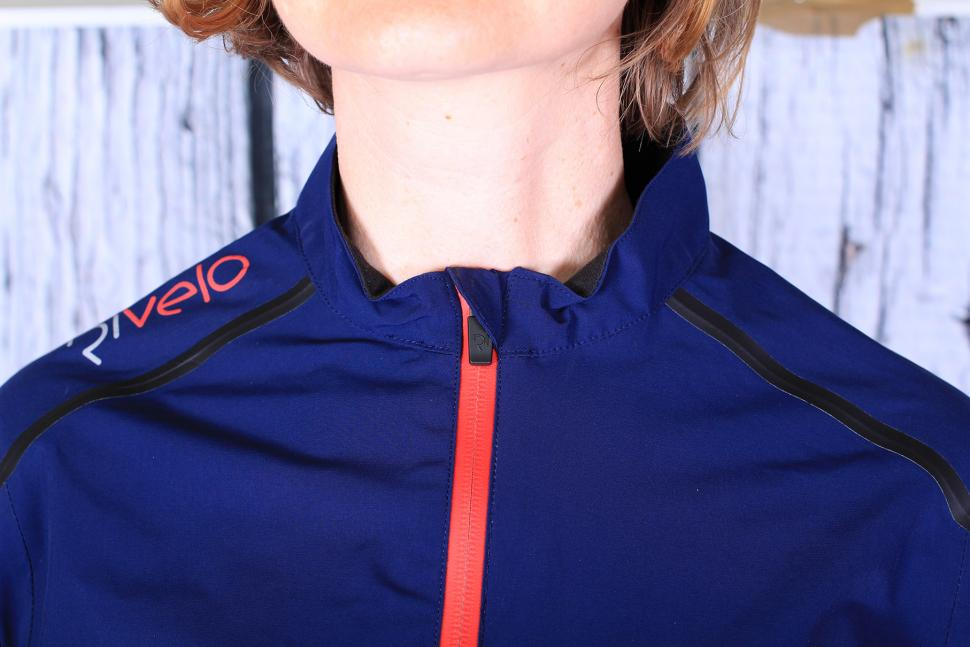 Rivelo Womens Larkstone Jacket - collar.jpg