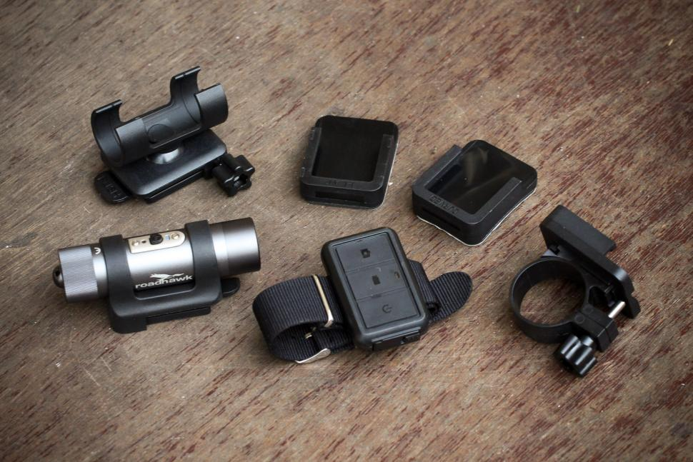 Roadhawk Ride R+ Cycle Edition Camera - parts.jpg