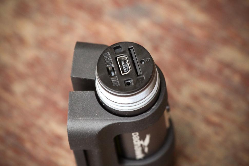 Roadhawk Ride R+ Cycle Edition Camera - ports.jpg
