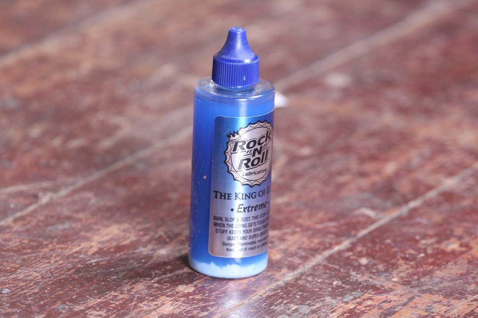Review Rock N Roll Extreme Chain Lubricant Road