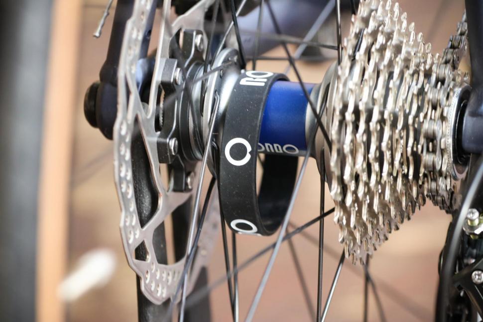 Rondo HVRT AL - rear hub.jpg