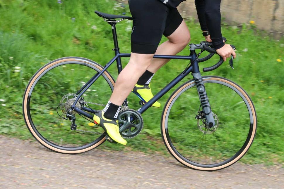 Rondo HVRT AL - riding 3.jpg