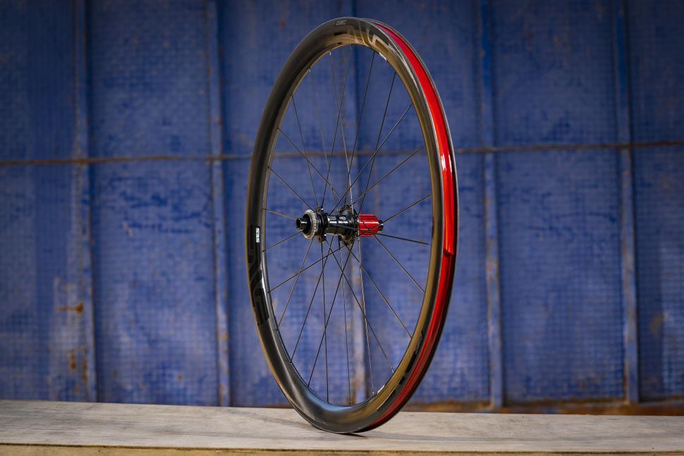 ROTOR 1x13 - carbon wheel.jpg