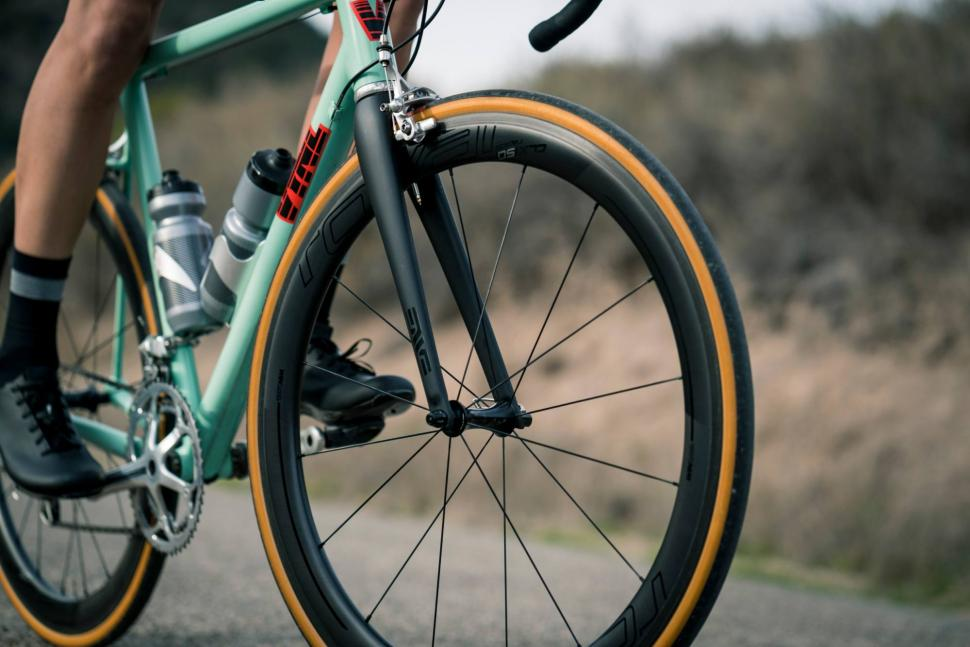 Roval Clx 50 Wheels Launched Aero Tubeless Disc Brakes