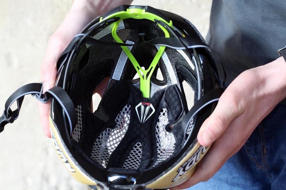 Rudy Project Racemaster Gold Velvet Helmet - inside.jpg