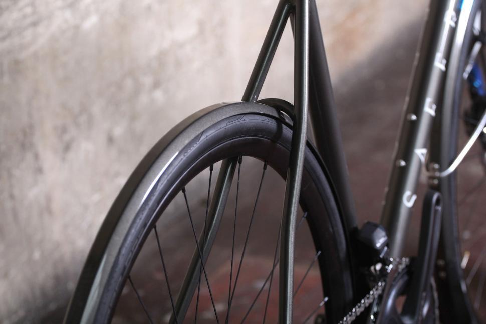 Saffron Frameworks custom winter bike - seat stays.jpg