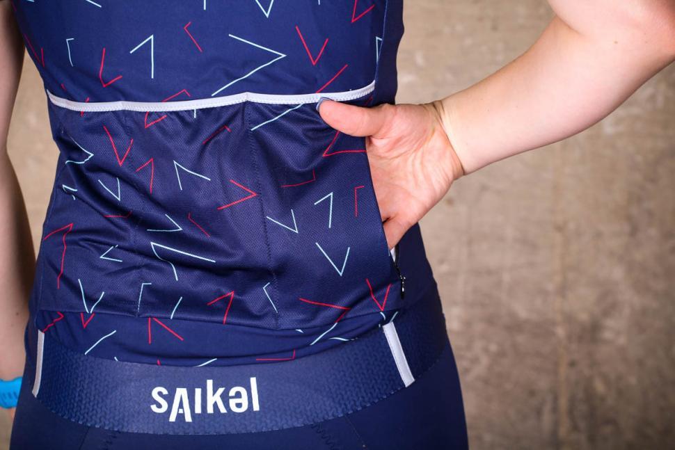saikel_chevrons_jersey_womens_-_pocket_zipped.jpg