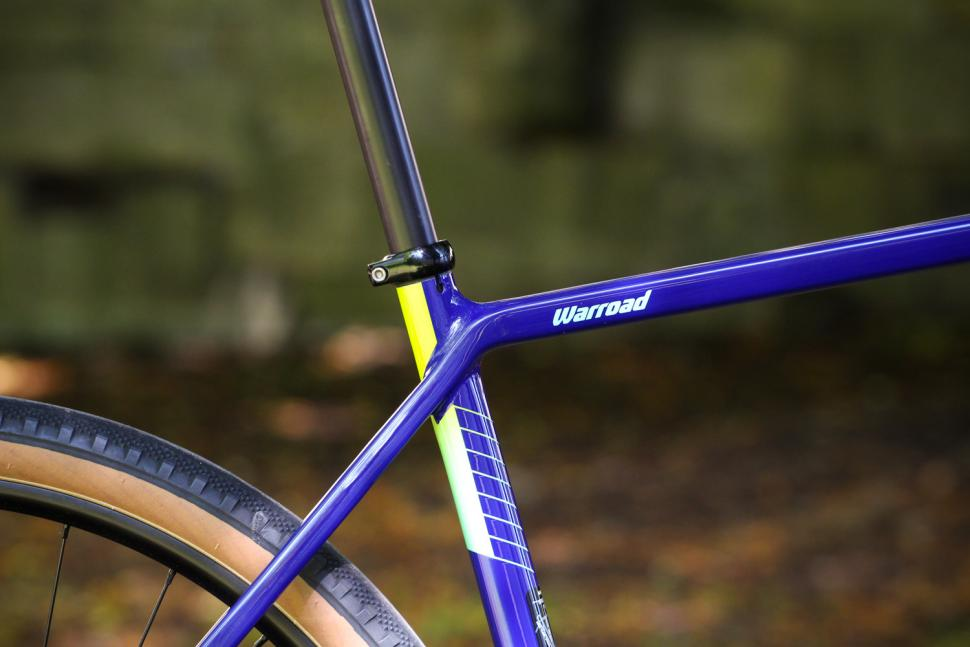 Salsa Warroad - seat tube junction.jpg