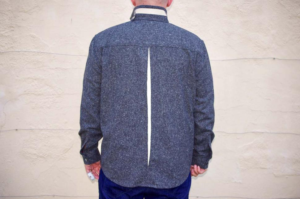 Samvær Overshirt - back with reflective.jpg