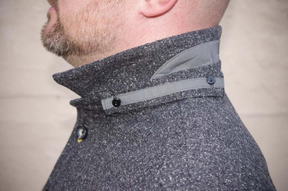 Samvær Overshirt - collar.jpg