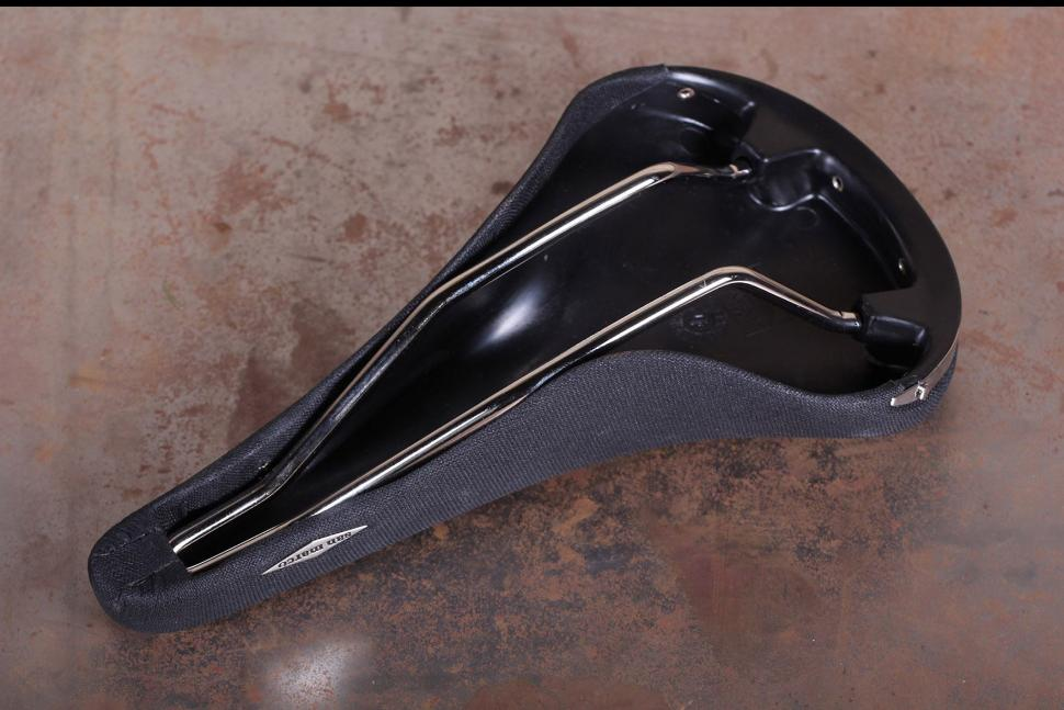 Review: Selle San Marco Classic Rolls Saddle   road cc