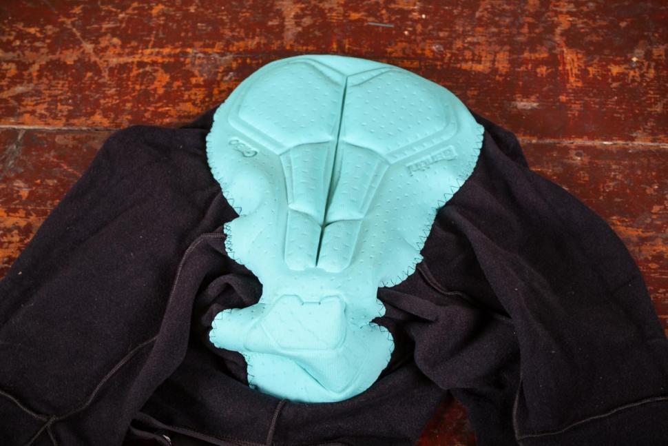 Santini Acquazero bib-tights Vega design - pad.jpg