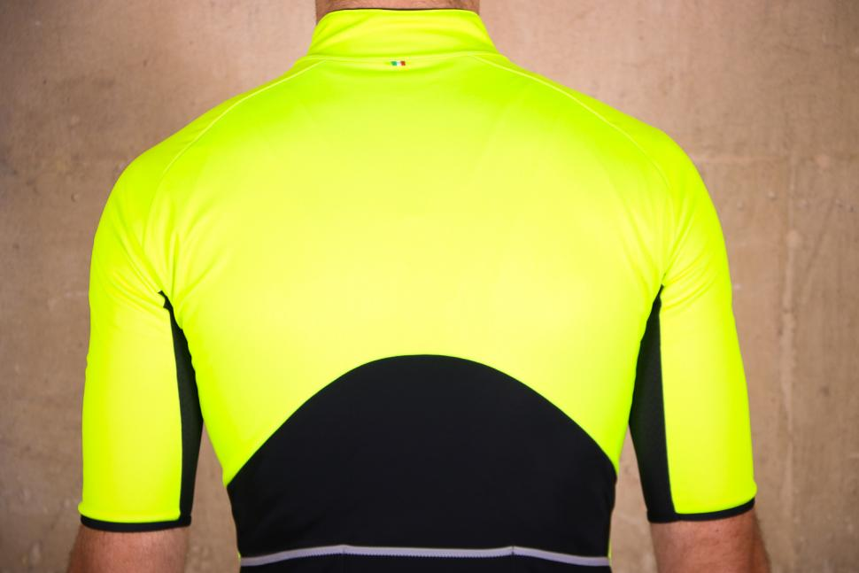 Santini Beta Light Short Sleeve Wind Jersey - shoulders.jpg