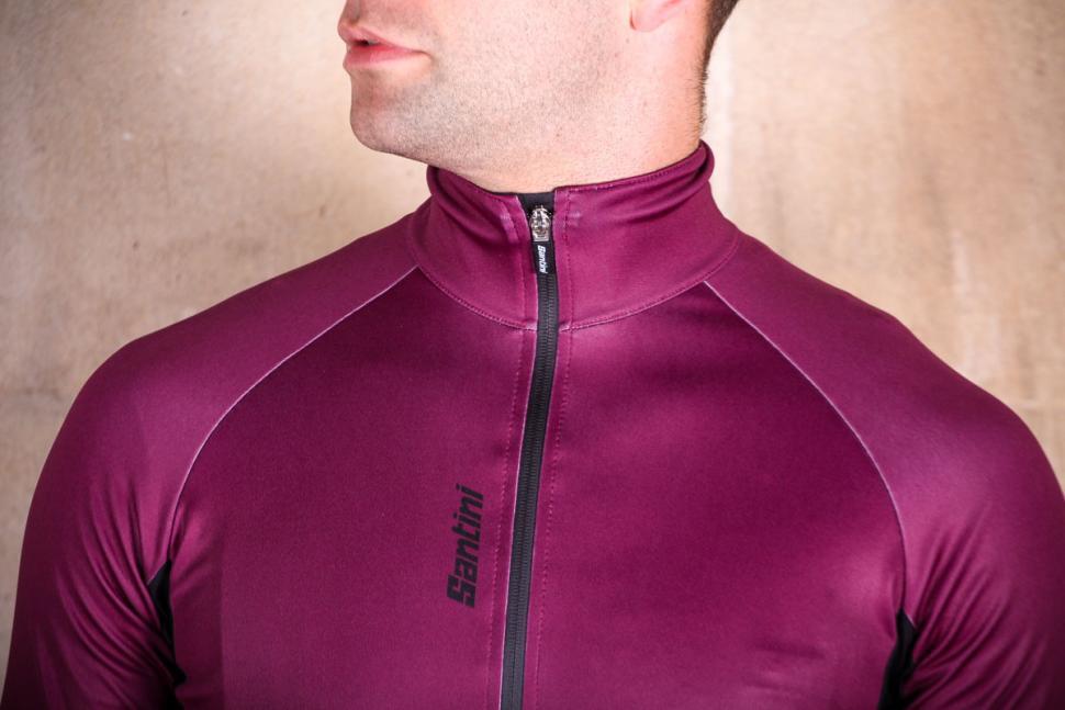 Santini Beta Rain Jacket - collar.jpg