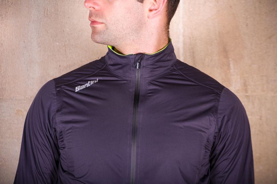 Santini Guard Rain Jacket - chest.jpg