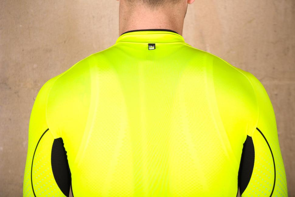 Santini Photon 3.0 jersey with 3-4 Sleeves - shoulders.jpg