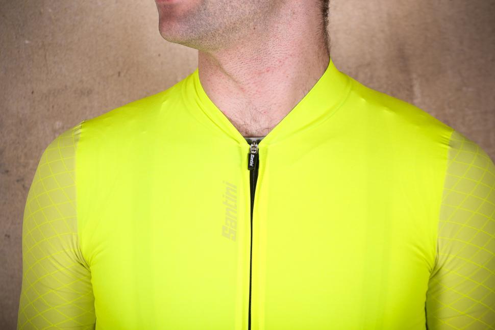santini_redux_short_sleeve_jersey_-_collar.jpg