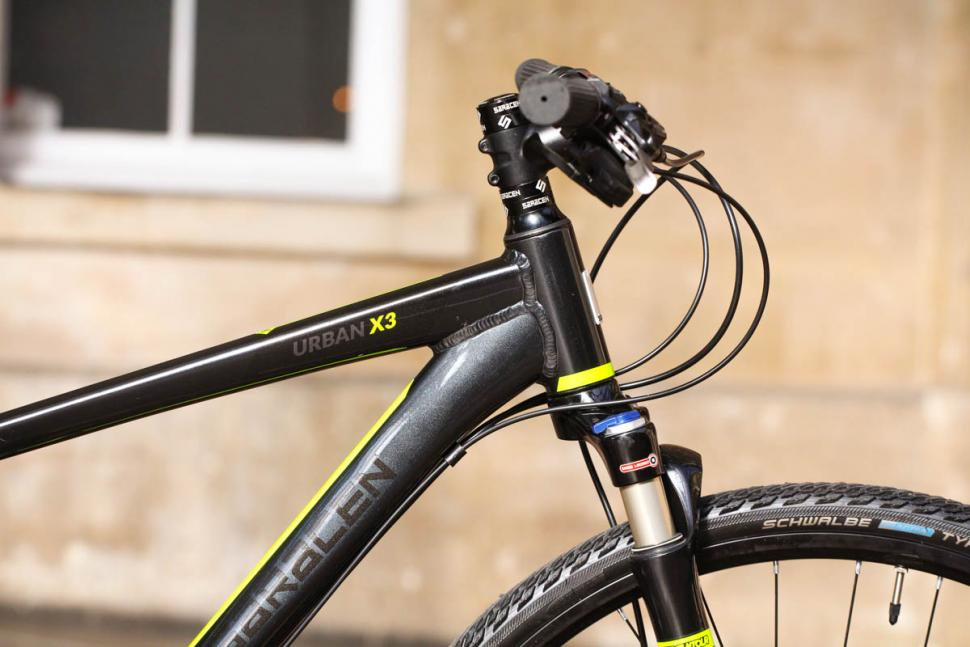 Saracen Urban Cross 3 - head tube.jpg