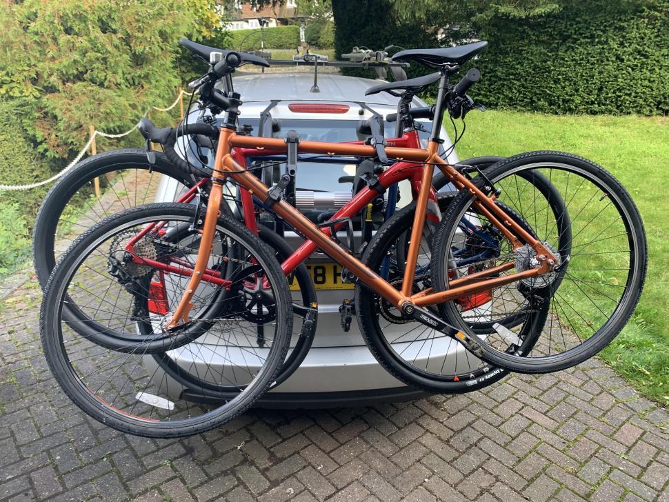 Saris Bones EX3 loaded with 3 bikes.jpg