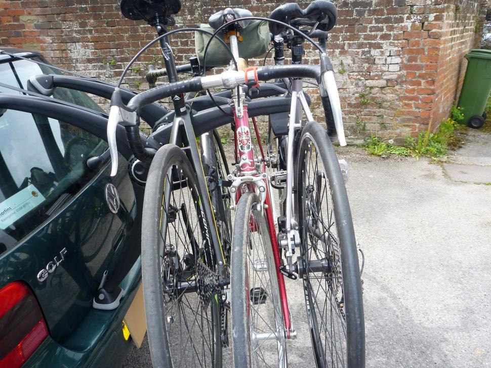 Saris Super Bones 3-Bike Rack - on Golf 3 bikes side.jpg