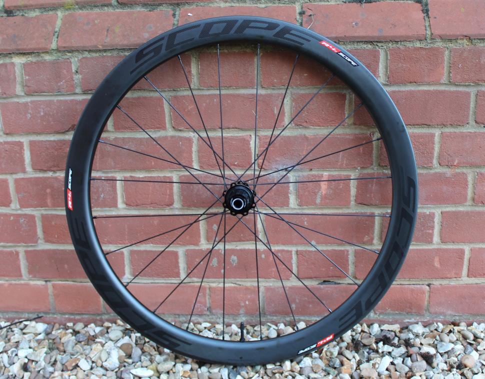 Scope R4 wheel - 1.jpg