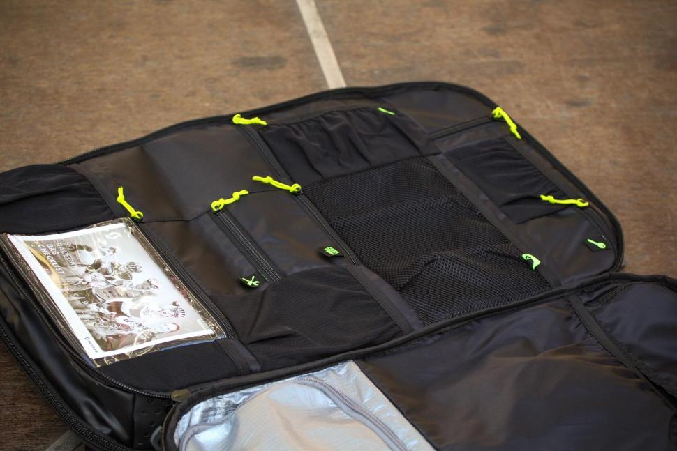 Scott Race Day 60 backpack - compartments 2.jpg