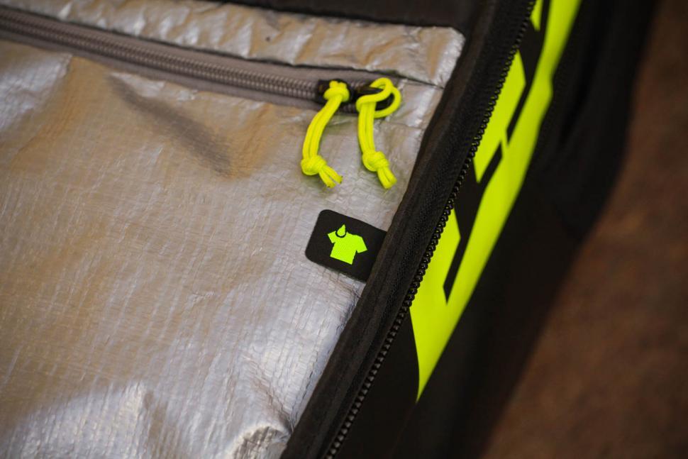Scott Race Day 60 backpack - wet clothing.jpg